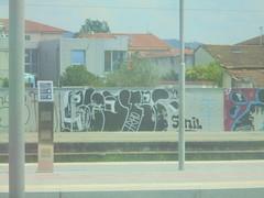 1181 (en-ri) Tags: clote trho bianco nero throwup pisa viareggio wall muro graffiti writing