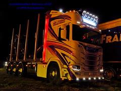 IMG_1984 LBT_Ramsele_2018 pstruckphotos (PS-Truckphotos #pstruckphotos) Tags: pstruckphotos pstruckphotos2018 lastbilsträffen lastbilsträffenramsele2018 sktrans truckpics truckphotos lkwfotos truckkphotography truckphotographer truckspotter truckspotting lastwagenbilder lastwagenfotos berthons lbtramsele lastbilstraffenramsele lastbilsträffenramsele truckmeet truckshow ramsele sweden sverige timber timbertransport holztransport r lastbil truck lorry lkw finland finnland scandinavia skandinavien truckfotos truckspttinf truckphotography lkwfotografie lkwpics lastwagen auto timbertruck woodtruck