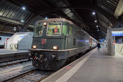 Green machine (daveymills37886) Tags: sbb re 44 420 161 zurich hbf 11161 baureihe