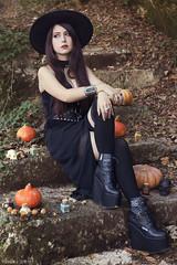 Michaelys (Florent Joannès) Tags: shooting shoot photo photography portrait photographie modeling mode makeup 2018 50mm witchy dress