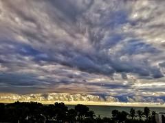 Lo que tiene los amaneceres del delta del Ebro. (angelalonso4) Tags: deltadelebro bahíadelosalfacs huawei