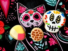 EastLosSweets (mssophiele) Tags: pandulce gato muertos latinxshop iphoneography sugarcookies mercadodowney sweettooth desserts sweets losamigosgolfcourse downey losangeles latinx eastlossweets