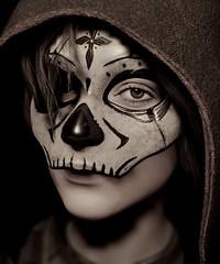 La Màscara de Calavera (Stachmoon) Tags: la mascara de calavera reshade shadow tomb raider lara croft portrait video game digital art character muertos