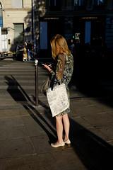 Rue de Rennes (Calinore) Tags: paris france ruederennes woman femme imprimes tissu fashion moe street rue