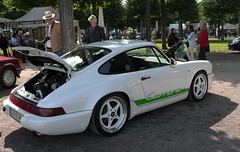 Porsche 911 Carrera (mgheiss) Tags: schwetzingen porsche 911carrera leica x1 sportwagen sportscar people menschen september autos cars