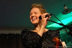 Helene Blum: vocals, violin (jazzfoto.at) Tags: sony sonyalpha sonyalpha77ii alpha77ii sonya77m2 portrait retrato portret
