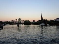 Eiserner Steg at Dusk (sharon.corbet) Tags: bridge mainriver dreikönigskirche ezb dusk 2018 germany frankfurt eisernersteg footbridge river main hessen