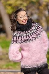 s-l1y34yy00 (ducksworth2) Tags: mohair sweater jumper fluffy fuzzy turtleneck soft thick bulky chunky
