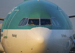Face to Face with St. Patrick!! (birrlad) Tags: dublin dub international airport ireland aircraft aviation airplane airplanes airline airliner airlines airways arrival arriving approach finals landing runway airbus a330 a333 a330300 a330302 eiela aerlingus shamrock stpatrick sunlight sunrise morning