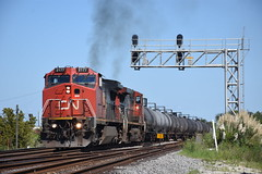 CN A42071-16 9/16/18 (tjtrainz) Tags: cn canadian national a420 chemical manifest train jackson ms mississippi switch tender jct junction ex atsf signals exhaust tanker cars ge general electric c408w 840cw ic illinois central 944cw c449w mccomb subdivision