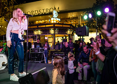 Katelyn Tarver 10/11/2018 #16 (jus10h) Tags: katelyntarver playlisted thegrove losangeles la nylon mag magazine citi privatepass caruso rewards shopping center live music free concert event performance park courtyard female singer young beautiful sexy talented artist nikon d610 2018 october thursday justinhiguchi