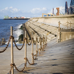 Rusty Chain (Daniel Kearney) Tags: blackpool promenade sea coast fyldecoast northwest bluesky pleasurebeach southpier seawall seadefences autumn sun sunshine colour digital nikon d80 danielkearney landscape seascape lancashire southbeach south prom