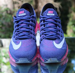 Nike Air Max 2016 Women's Running Shoes Purple 806772-502 Size 9.5 (reddealsonline) Tags: nikeairmax2016women'srunningshoes purple lightblue white pink 806772502 engineeredmeshupper upc00886550587327 fulllengthmaxairunit flywirecables wafflerubberoutsole reflectivedetails