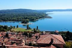 Angera (Alax66) Tags: lake lago lagomaggiore italy italia angera blù isola case tetti belvedere paesaggio acqua