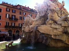 IMG_0595 (Janira Leiva) Tags: travelling viaje agua piazzanavona roma