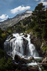 Aigualluts waterfall, Spanish Pyrenees ({heruman}) Tags: aigualluts pyrenees pirineos spain españa germanvidal cascada waterfall fall outdoors vertical 2x3 nikon d750 tamron 2470 f28 color aneto