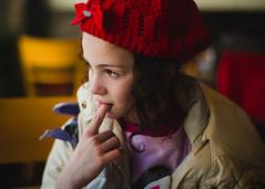 1924. (Adolfo Rozenfeld) Tags: bokeh portrait color soraya carlzeisssonnart1550 café hija dof red naturallight luznatural buenosaires manuallens vintagelens kid child daughter rojo retrato bar hat gorro closeup zeissopton