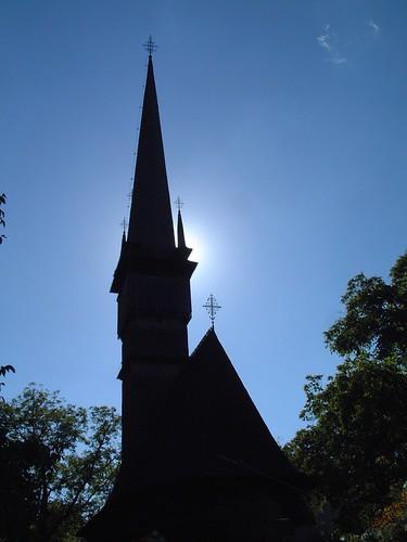 """""""St Archangels"""" wooden church, Dióshalom"""