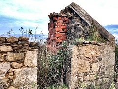 Abandoned Buildings - Aberdeen Scotland - 28/9/18 (DanoAberdeen) Tags: danoaberdeen 2018 aberdeen grampian abandoned neglect neglected weathered ruins ruined old ancient forgotten candid amateur building architecture rusty crusty clouds blue sky farmhouse countryside