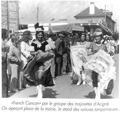 French Cancan par les majorettes d'Acigné qui commence la descente de la rue de Calais