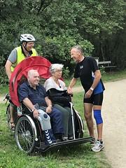 Billund Dagtur August 2018 Cykling uden alder Lise og Kurt får vind i håret Møder løber på vejen Gamle bekendtskaber