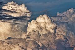 Storm approaching - Orage en approche (Sebastien Vermande (Only the Weekend)) Tags: canon100d france midipyrénées lot printemps spring ciel sky nuages clouds coucherdesoleil sunset retouche traitement treatment hdr sigma150macroexdg sigmaapoteleconverter14xexdg vermande