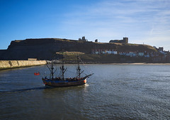 Whitby's Endeavour (Hector Patrick) Tags: capture1pro flickrelite leicaq whitby leica evening sunny ship digital historic history sunshine yorkshirepost newspaper