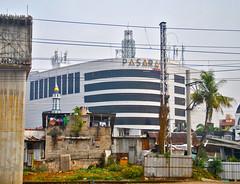 Pasaraya Manggarai (Ya, saya inBaliTimur (leaving)) Tags: building gedung arsitektur architecture jakarta mall