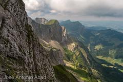 Monte Pilatus, Alpnach. Suiza (Jose Antonio Abad) Tags: joséantonioabad paisaje europa pública naturaleza montaña suiza alpes alpnach montepilatus alps europe lanscape pilatus schweiz suisse svizra svizzera switzerland montagne mountain nature obwalden ch