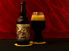 Hocus Pocus Rabbit Hole (Let There Beer House) Tags: spiegelau cocoa cacau coconut coco cerveja beer bier russianimperialstout beerbottle brazilianbeer