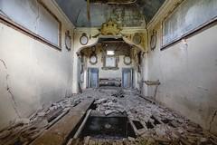 (Kollaps3n) Tags: urbex abandoned urbanexploration decay italy nikon