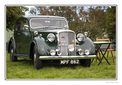 Classic Rover (Seven_Wishes) Tags: newcastleupontyne tanfield tanfieldrailway canoneos5dmarkiv canonef70200f4lisii jo reenactment 1940sweekend car vintagecar classiccar rover rover75 green chrome transport vehicle edoliverphotography 2018 tyneandwear uk