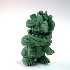 Kaiju Gobira Wax prototype (gumtaro) Tags: wax gobira sofvitokyo sofvi sofubi sofubitoy sofubitoys vinyl vinyltoy vinyltoys sofubimichi kaiju gumtaro succulents