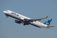 Airbus A321 jetBlue N982JB (NTG842) Tags: los angeles international airport lax airbus a321 jetblue n982jb