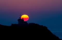 Coucher du soleil en Finistere (nolyaphotographies) Tags: crozon finistere bretagne france nikon breizh bzh sun night sunrise phare landscape seascape d7000 mer iroise rade brest nuit