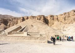 DSC03186 (Sepistö) Tags: tomb valleyofthekings egypt unescoworldheritagesite necropolis desert cemetery luxor graveyard newvalleygovernorate eg