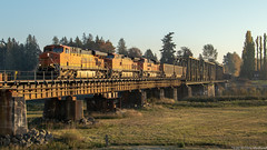 BNSF 6039 ~ Burlington (Chris City) Tags: train railway railroad mainline bridge coal freight bnsf burlington bellingham washington