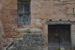 Portes à Montjaux (Michel Seguret Thanks for 13.6 M views !!!) Tags: france aveyron montjaux porte door mur wall automne autumn fall bw nb michelseguret nikon d800 pro
