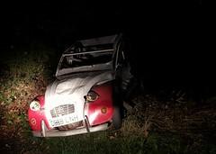1987 Citroën 2CV Dolly (Stuart Axe) Tags: citroën essex uk england gb unitedkingdom greatbritain countyofessex abandoned car scrap scrapcar scrapped abandon abandonment derelict banger wreck dumped policeaware 1996 citroen 2cv dolly citroën2cvdolly