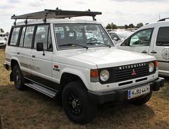 Pajero (Schwanzus_Longus) Tags: hildesheim german germany modern car vehicle 4x4 awd 4wd offroad offroader mitsubishi pajero