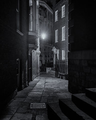 Olde London (Andrew G Robertson) Tags: london night alley gas lamp blackfriars step