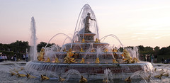 The fountain (mostodol) Tags: fountain fontaine versailles parc jardins garden gardens france french château castle castele castillo yvelines iledefrance fuji fujifilm xt20 water eau