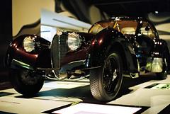 Another Bugatti (mkk707) Tags: film analog 35mmfilm kodakportra800 leicar7 leicasummiluxr50mm2ndmodel11776 itsaleica vintagelens vintagefilmcamera vintagecar oldtimer autostadt wolfsburg germany