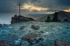 Mirador-Rubens (invesado) Tags: escorial mirador rubens nieve sunset cruz nikon d750 20mm madrid españa