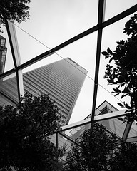 DAN_5021 (dan_c_west) Tags: nikon d750 london city urban uk england architecture building structure bw black white monochrome canary wharf skyscraper