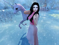 You were looking for someone to keep you warm - you found me... (Yuna.Styles) Tags: stealthichair maitreya fashion bloggingsl catwahead love safira foxcity luanesworld blackfaireventsl secondlife secondlifeevents secondlifefashion secondlifeposes