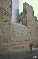 [07 Octobre 2018] – Une forteresse qui ne manque pas d'air ! (alter1fo) Tags: rennes centre congrès couvent jacobin tag vandale streetart