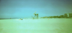 Holga 120WPC Venice Beach Lifeguard Shack (▓▓▒▒░░) Tags: holga analog retro classic plastic medium format pinhole panoramic panorama design style diy mechanical long exposure lomo lomogaphy lofi light leak vignette blurry la los angeles california socal west coast beach venice lifeguard santa monica pacific ocean sun sand wideangle