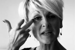 is het weg ? (roberke) Tags: portrait portret woman vrouw female femina face gezicht model posing monochroom blackwhite blackandwhite bw zwartwit naturallight availablelight daylight daglicht