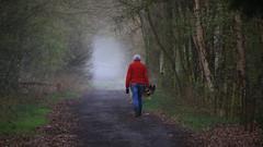 IMG_1907x_00001_bewerkt-1 (frans.oost) Tags: dawn sunrise mist people dog road landscape